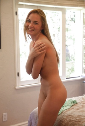 Naked amateur pic